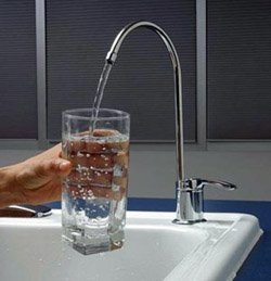 Установка фильтра очистки воды город Осинники